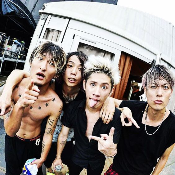 ONE OK ROCK はTakaだけじゃない!Toruの魅力って?彼女は弘中アナ?のサムネイル画像