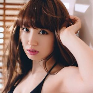 【AKB48小嶋陽菜】人気プロレスラーのクリス・ジェリコからお誘い♡のサムネイル画像