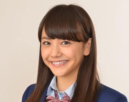 健康的でかわいい♡松井愛莉の水着姿がセクシーだと話題に!のサムネイル画像