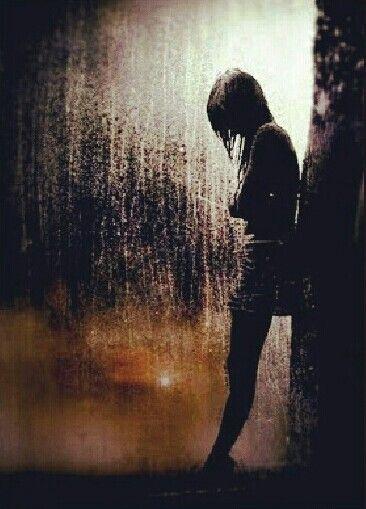 自殺した芸能人とは?その真相は?あの歌姫の実母が殺されていた!?のサムネイル画像