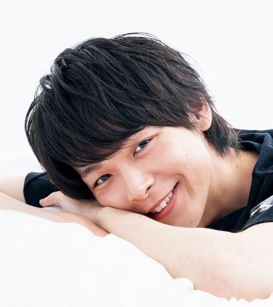 カメレオン俳優・中村倫也の彼女はあの女優?歴代の彼女まとめのサムネイル画像