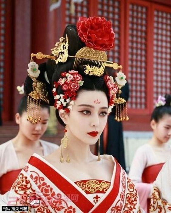 世界三大美女は日本だけ?世界では小野小町ではなくヘレネ?のサムネイル画像