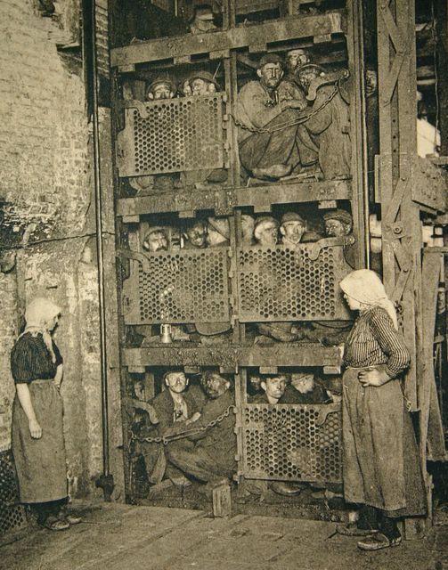 タコ部屋の意味とは?悲惨な強制労働が横行する実態・実話に迫る!のサムネイル画像