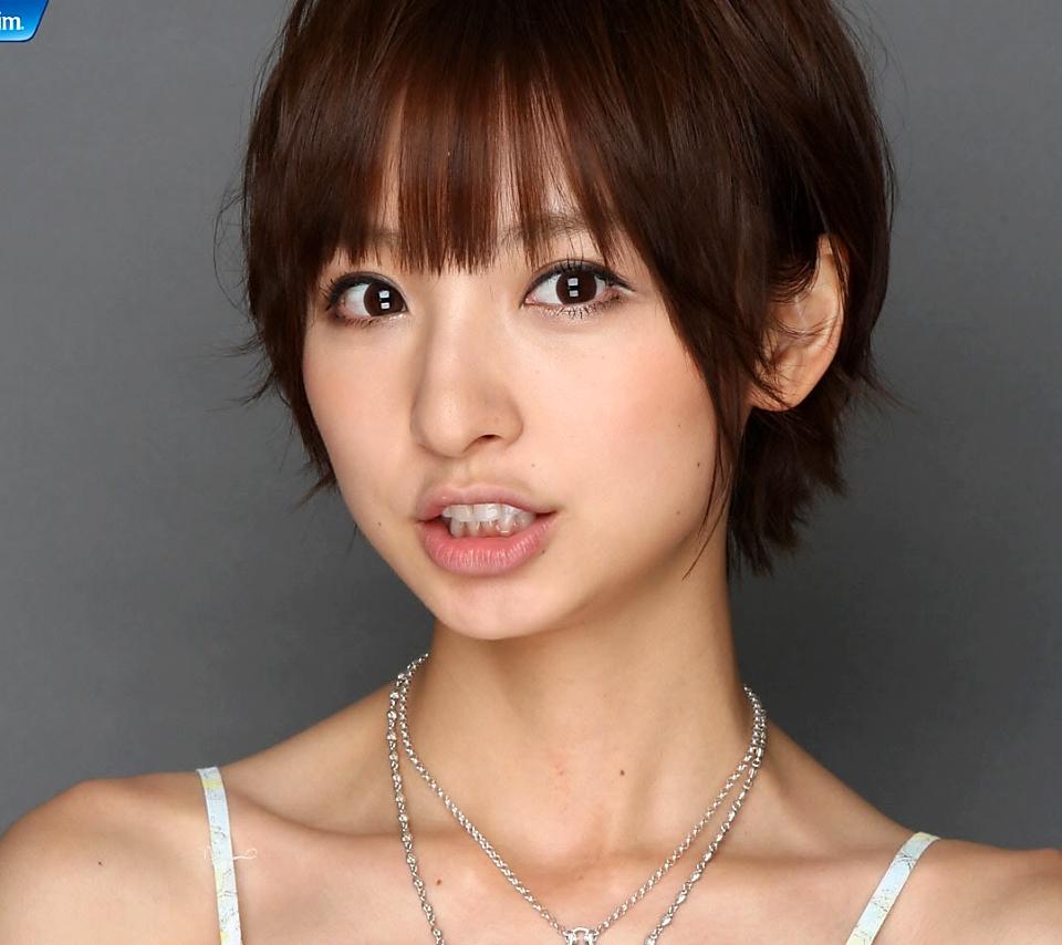 篠田麻里子、その隠された性格!実はすごいヒス女だったらしい!?のサムネイル画像