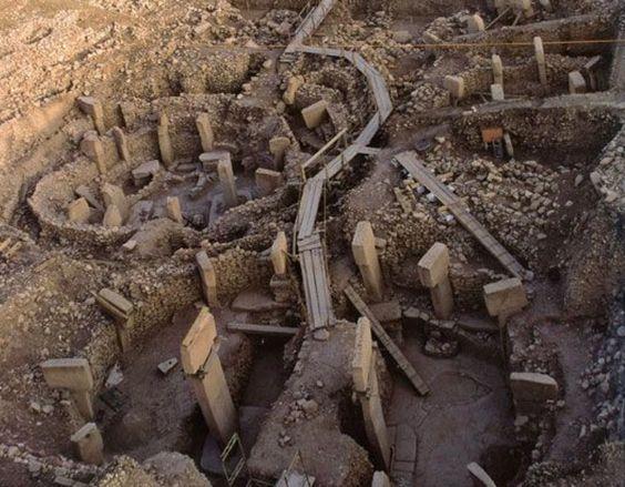 未だ解明されてないギョベクリテペ遺跡の謎!超古代文明の存在とは?のサムネイル画像