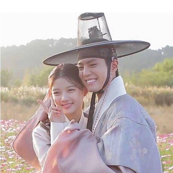 キムユジョンと彼氏パクボゴムの近況!結婚や病気の噂は本当?愛用コスメやメイクは?のサムネイル画像
