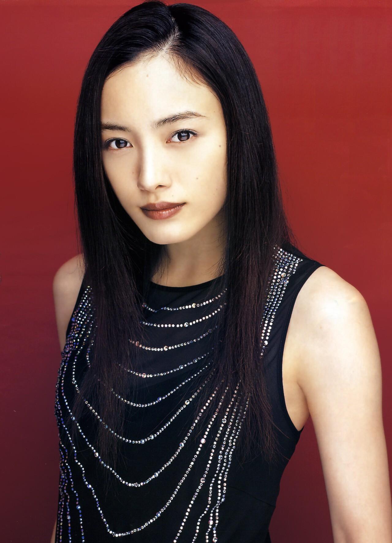 シリアスもコメディーもこなす女優・仲間由紀恵さんの画像をまとめてみました。のサムネイル画像