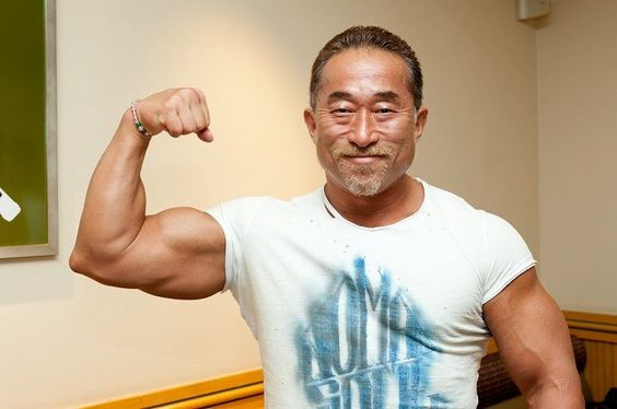 角田信朗と松本人志の確執関係とは?ブログで謝罪後どうなったの?のサムネイル画像