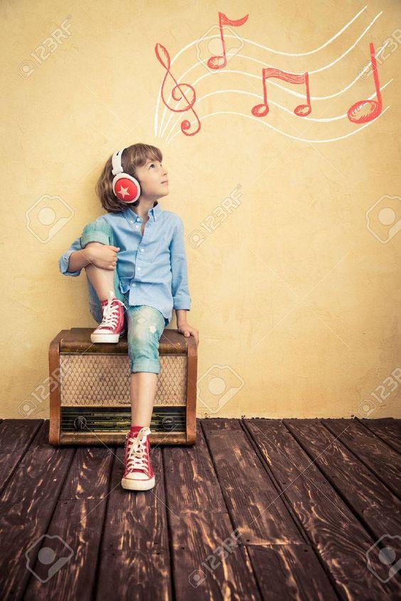 モエヤン池辺愛の現在はラジオパーソナリティ!旦那さんとの馴れ初めは?のサムネイル画像