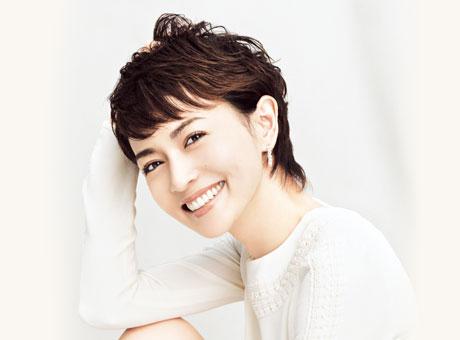 真似したい!大人可愛い長谷川京子の前髪をまとめてみました!のサムネイル画像