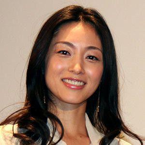 モデル界のCM女王・青山倫子の現在(2020)は?結婚は?のサムネイル画像