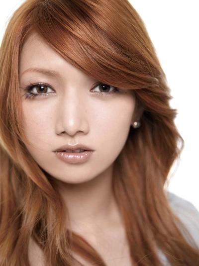 【後藤真希】黒髪&前髪パッツンでイメチェン♪まるで日本人形?!のサムネイル画像
