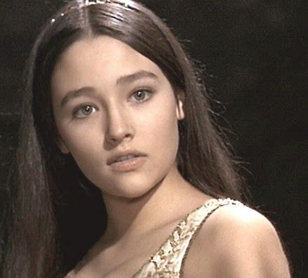 オリビアハッセー(布施明の元嫁)の若い頃が可愛い!現在(2021)は?のサムネイル画像