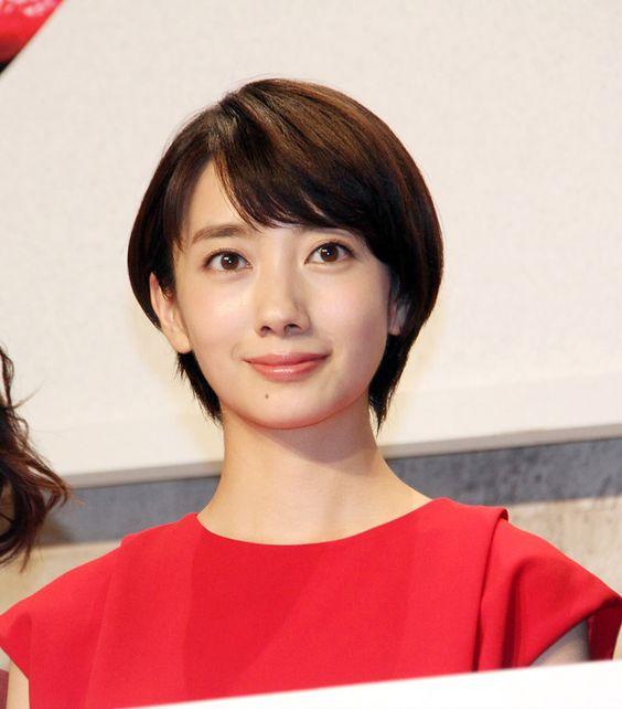 人気女優・波瑠の本名とは?ハーフの噂?のサムネイル画像