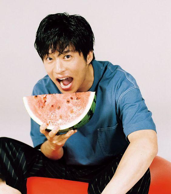 裸が美しい俳優「田中圭」は頭も良い?出身高校や大学は?のサムネイル画像