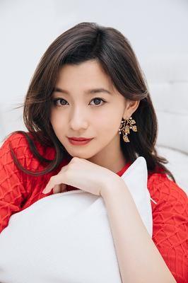 モデルで女優の「朝比奈彩」の彼氏は日本人メジャーリーガー?のサムネイル画像