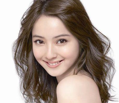 モデルで女優の「佐々木希」はヤンキーだった?当時の武勇伝や写真は?のサムネイル画像