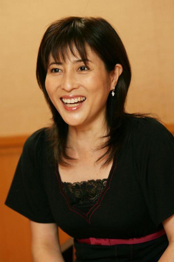 岡江久美子の夫は大和田獏!若い頃のヌード画像がある?娘も女優?のサムネイル画像