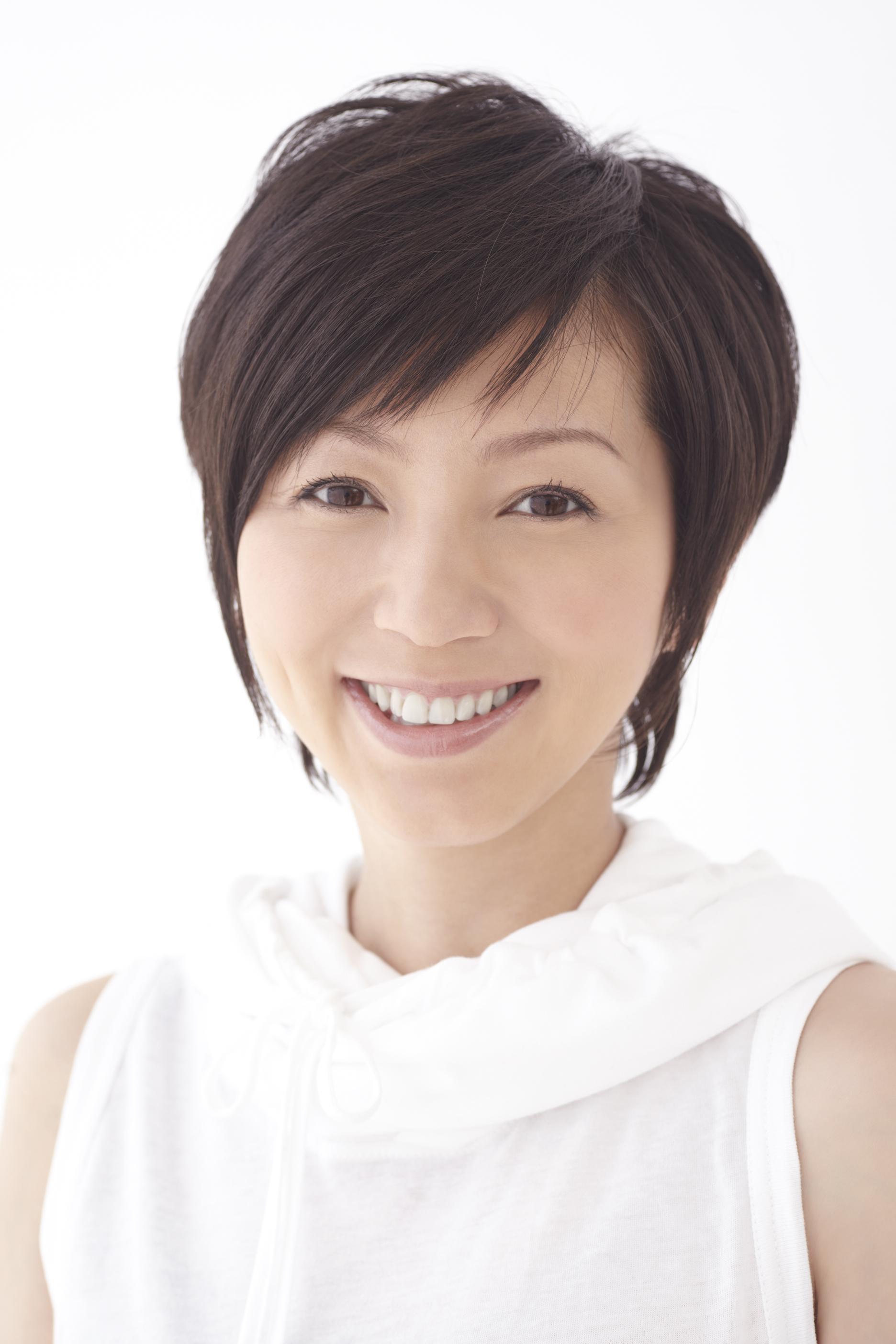 参考にしたい!主婦に人気!渡辺満里奈の髪型を集めてみました!のサムネイル画像