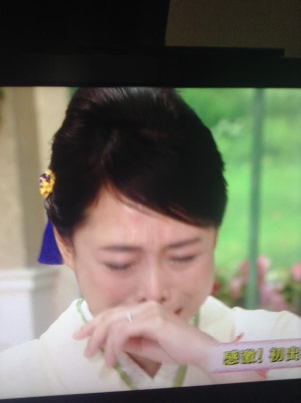 【椿鬼奴】念願の徹子の部屋に登場!号泣&徹子ももらい泣き…のサムネイル画像
