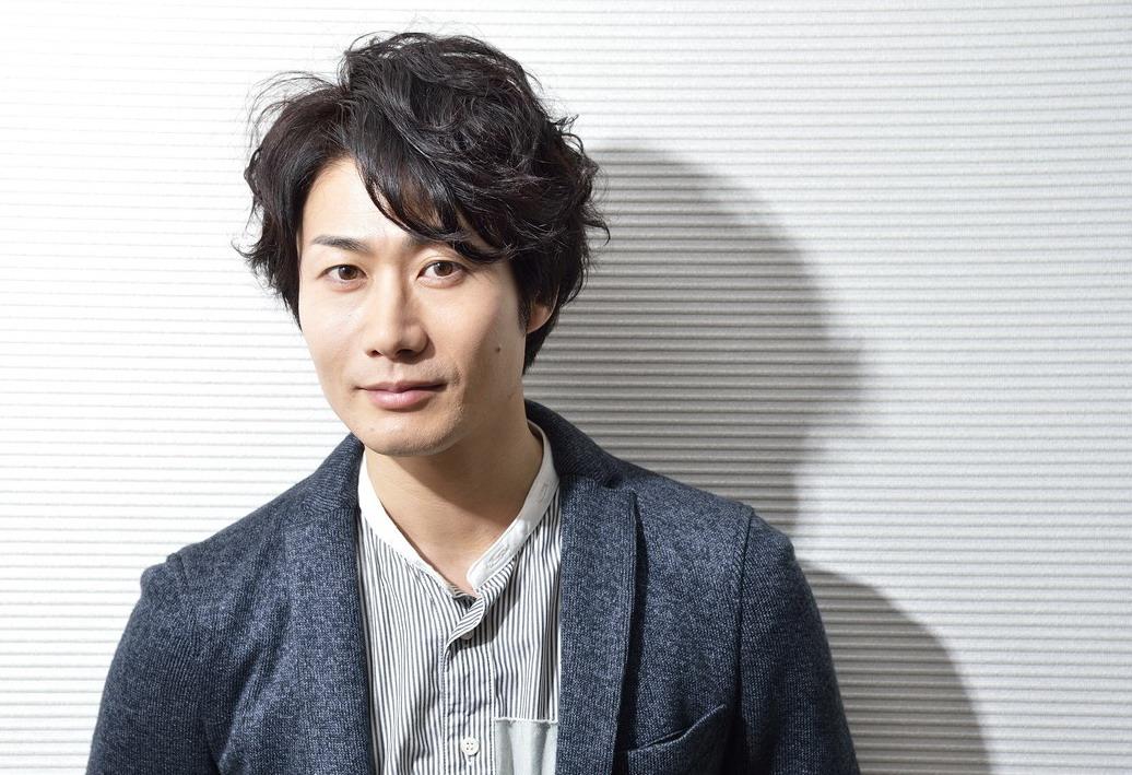 俳優・戸次重幸さんの母との関係性について調べてみました!!のサムネイル画像