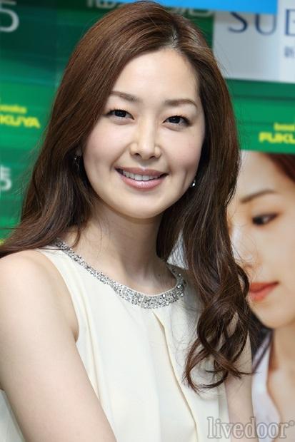 今ドラマで活躍中の笛木優子さんは結婚している?プライベートを調査のサムネイル画像