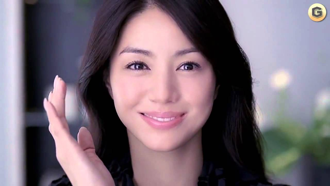 え!女優の井川遥って韓国人だったの!?驚きの本名を公開!のサムネイル画像