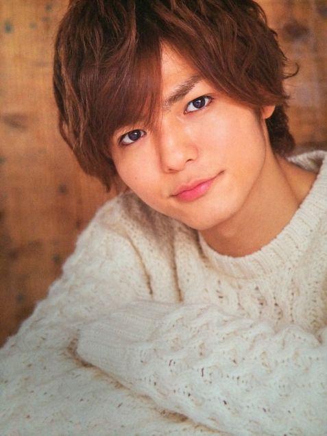 薮宏太の彼女を発見。年上の彼女と同棲って本当ですか?ファンショックですのサムネイル画像