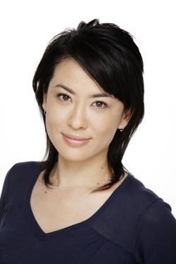 バラエティで人気!女優・鈴木砂羽さんの旦那さんは10歳年下!のサムネイル画像