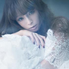 浜崎あゆみのアルバム「A ONE」と【タイトル未定】最新アルバム情報のサムネイル画像