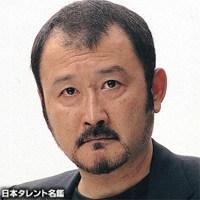 大人気俳優の吉田鋼太郎!実は前妻に逃げられた過去があった!のサムネイル画像