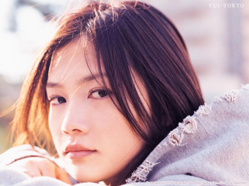 活動休止のyui(YUI)がアルバム復帰!パニック障害?現在は?!のサムネイル画像