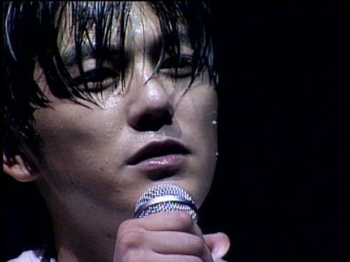 【尾崎豊】がのこした名曲【卒業】についてまとめてみました!のサムネイル画像