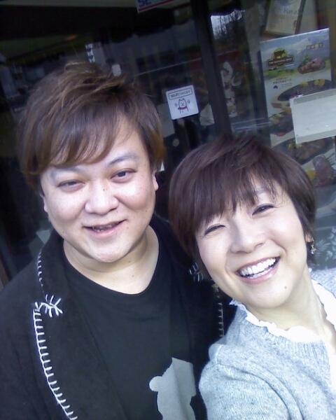 【結婚10年】藤田朋子の旦那さんは実は有名な○○奏者だった!のサムネイル画像