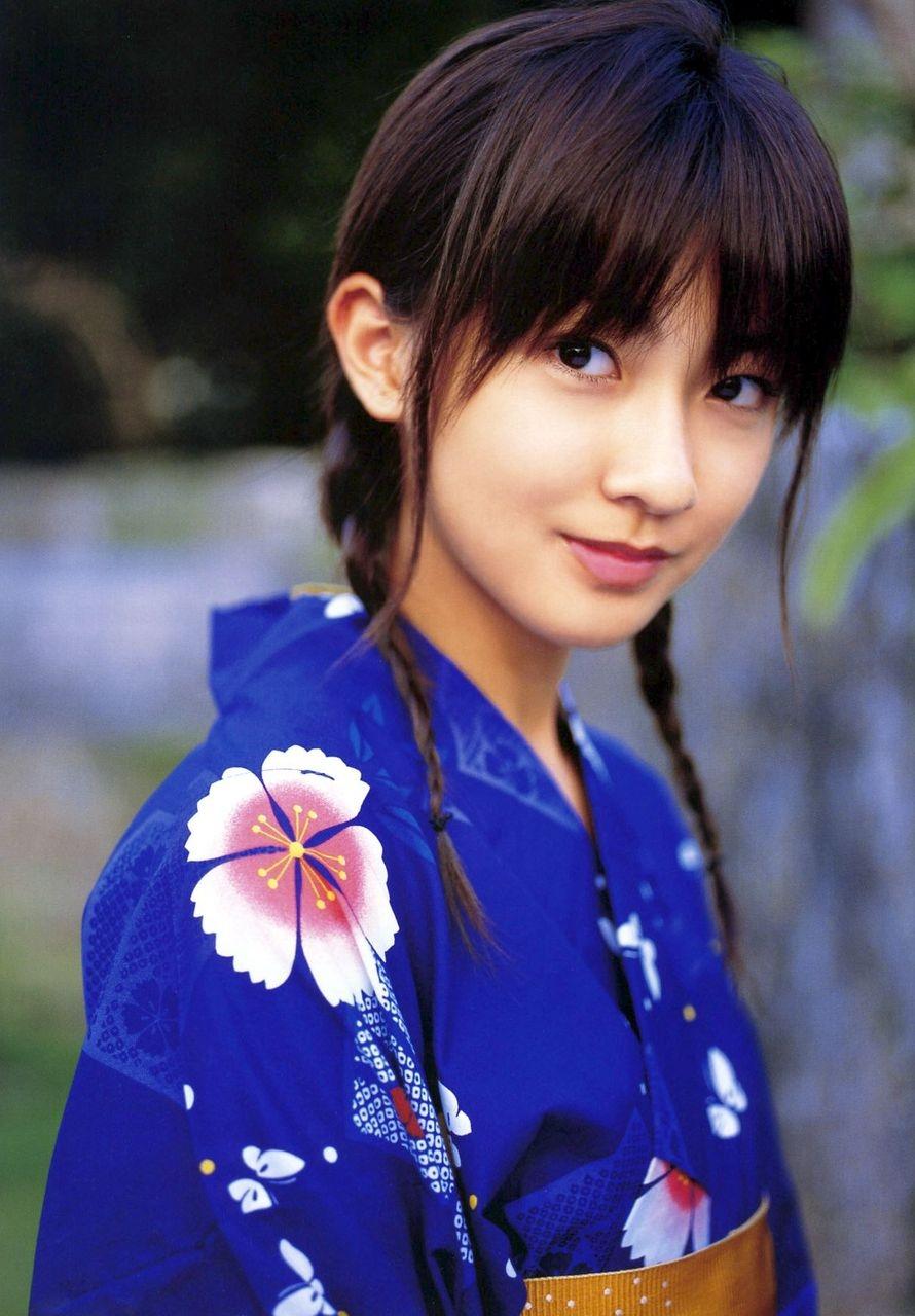 高身長アイドル!?熊井友理奈の高すぎる身長に迫ってみました!のサムネイル画像