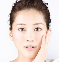 【肌美人】綾瀬はるかの美肌の秘訣は!?スキンケアを徹底検証!のサムネイル画像