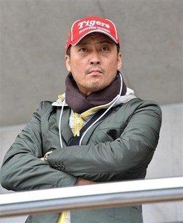 渡辺謙の熱烈な【阪神ファン】ぶりが話題!球場キャンプと神出鬼没!のサムネイル画像