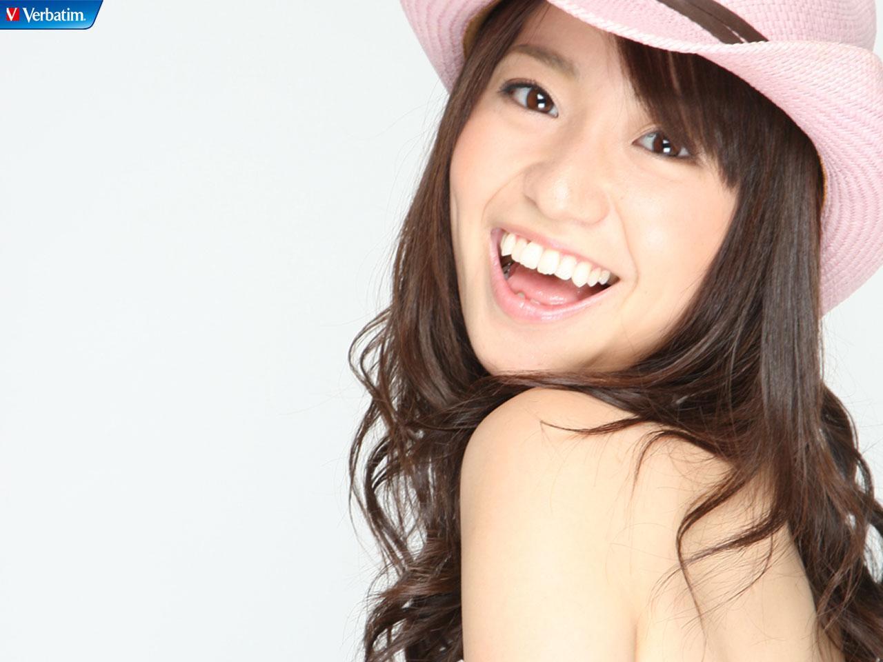 誰でも今日からできちゃう!?なりきり大島優子風ナチュラルメイク♪のサムネイル画像
