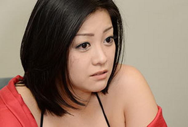 元グラビアアイドル・小向美奈子と関東連合の黒い噂とは・・・のサムネイル画像