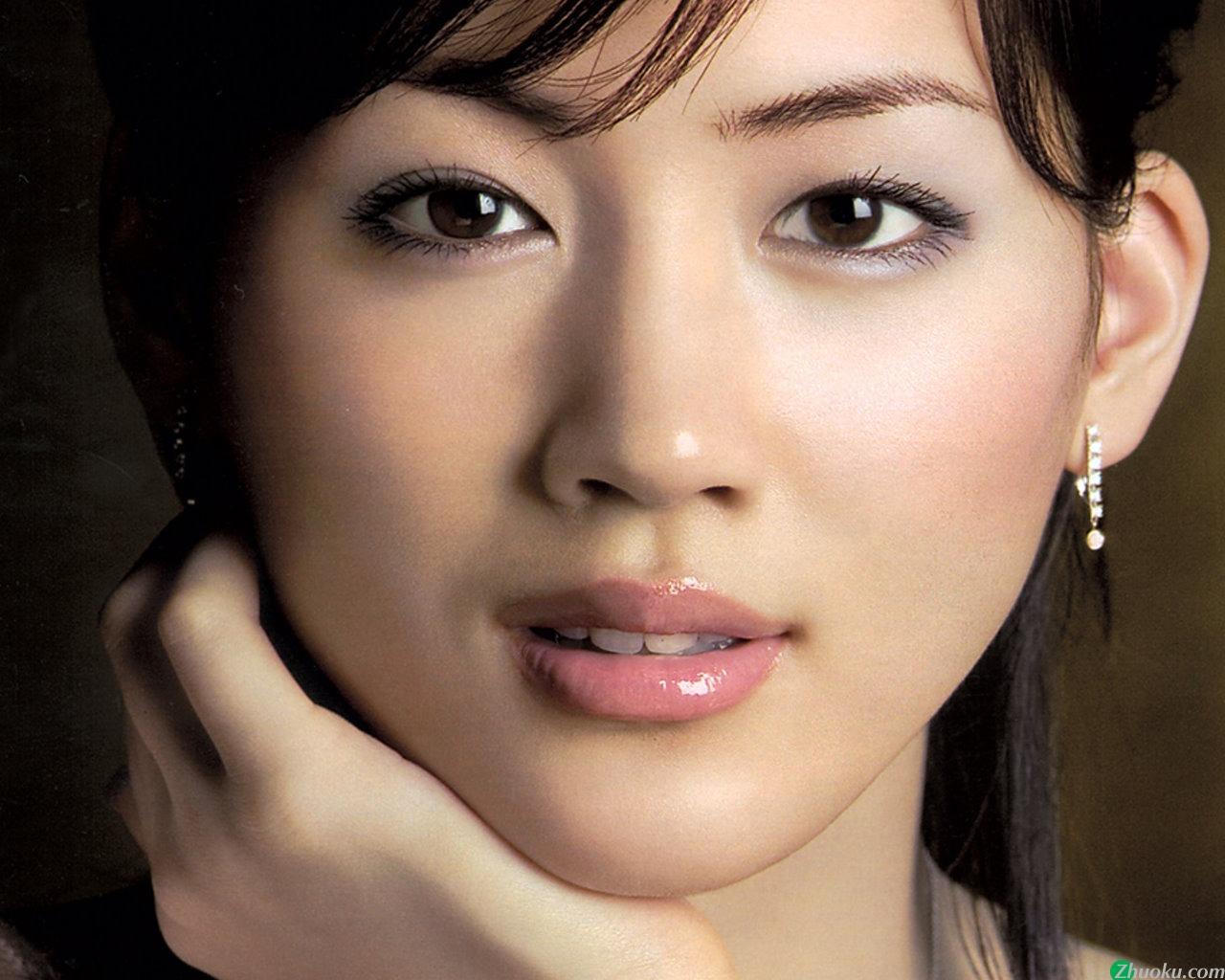 【驚き?】綾瀬はるかの本名は実はかなり意外であるという事実のサムネイル画像