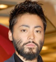 人気急上昇中!山田孝之の男気溢れる性格が話題となっています!のサムネイル画像