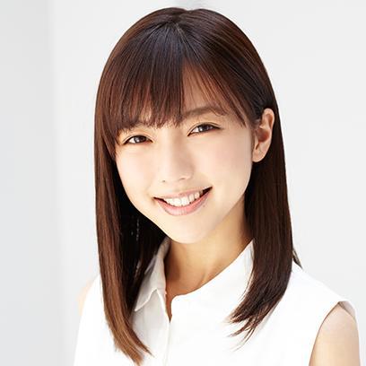【女優・真野恵里菜】すっぴん&メガネ姿を披露♡可愛すぎる・・・のサムネイル画像