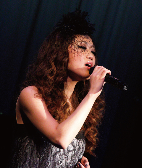 JUJU 魅惑のボーカルをコンサートで聴きたい!日程をチェック!のサムネイル画像