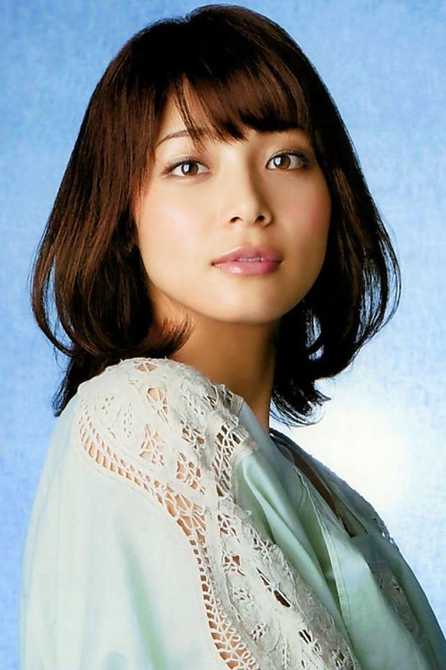 えっ?!変わらなすぎっ!相武紗季の最新すっぴん写真に称賛の声 ...