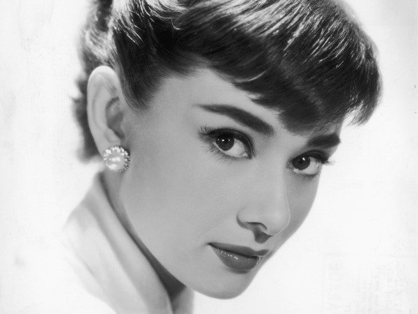映画界の美女!オードリー・ヘップバーンは黄金期を代表する看板女優のサムネイル画像