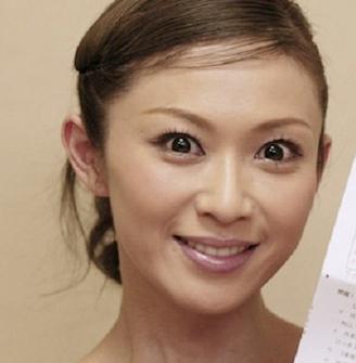 畑野ひろ子はイクメンではなくスーパーダディな旦那と再婚!?のサムネイル画像