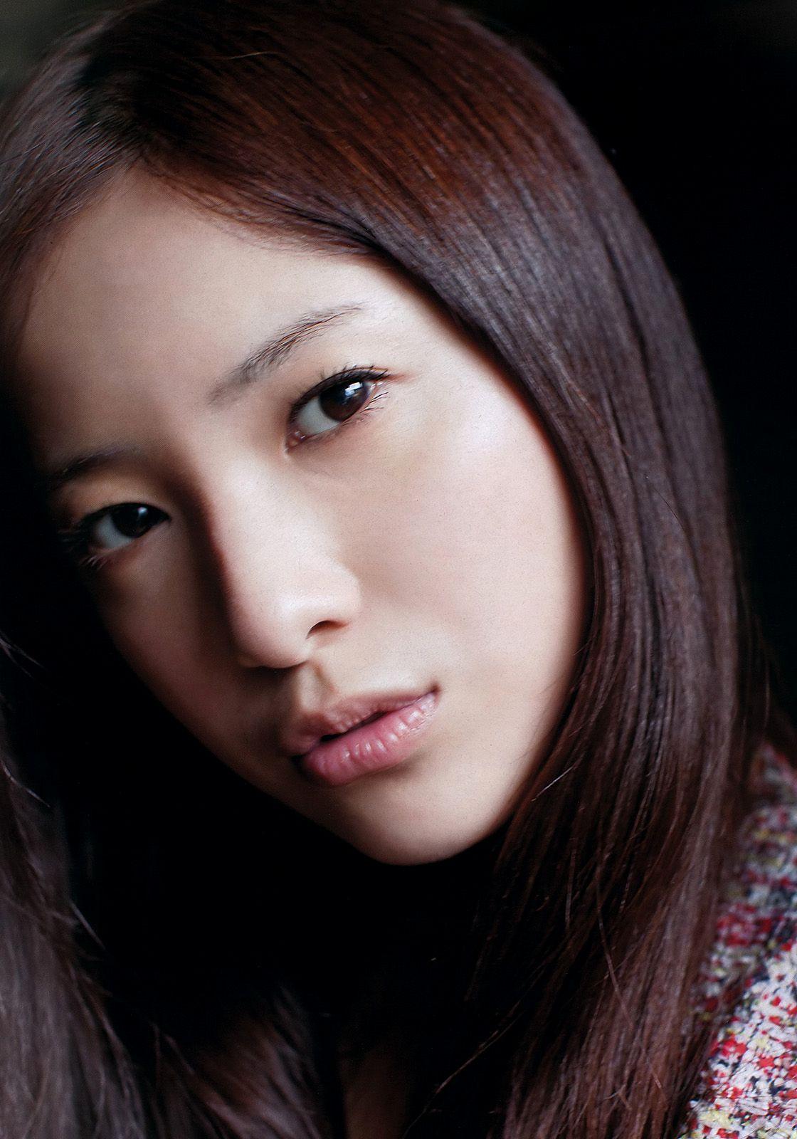 【吉高由里子】中学時代のプリクラを大公開!「どれだけ可愛いの?」のサムネイル画像