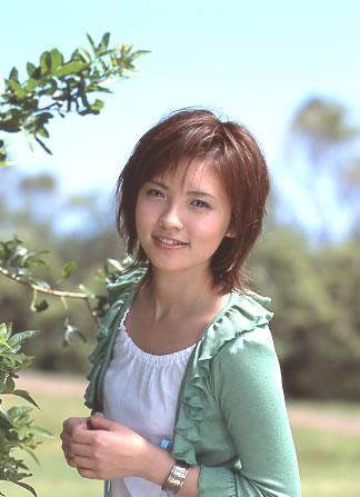 星野真里さんがTBSアナウンサーの高野貴裕さんと結婚☆幸せいっぱいのサムネイル画像