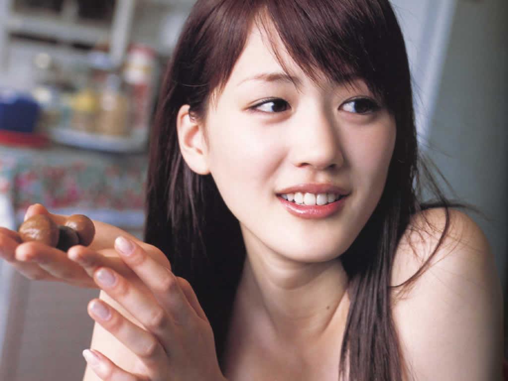 綾瀬はるかが芸能界引退をかけてダイエットしてた!【激太り画像有】のサムネイル画像