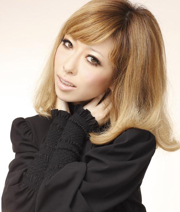美声の持ち主で大人気の歌手!加藤ミリヤの人気アルバムはこれだ!!のサムネイル画像